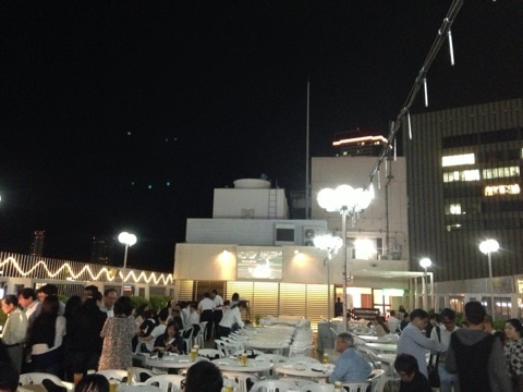 三宮ターミナルホテル屋上 ハイネケンビアテラス