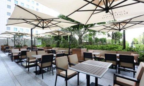 六本木 泉ガーデン「バルコニーレストラン&バー」のビアガーデン