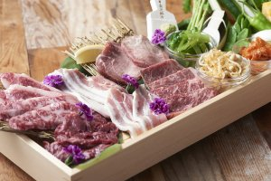 LAND_MeatCenter_food_image_4